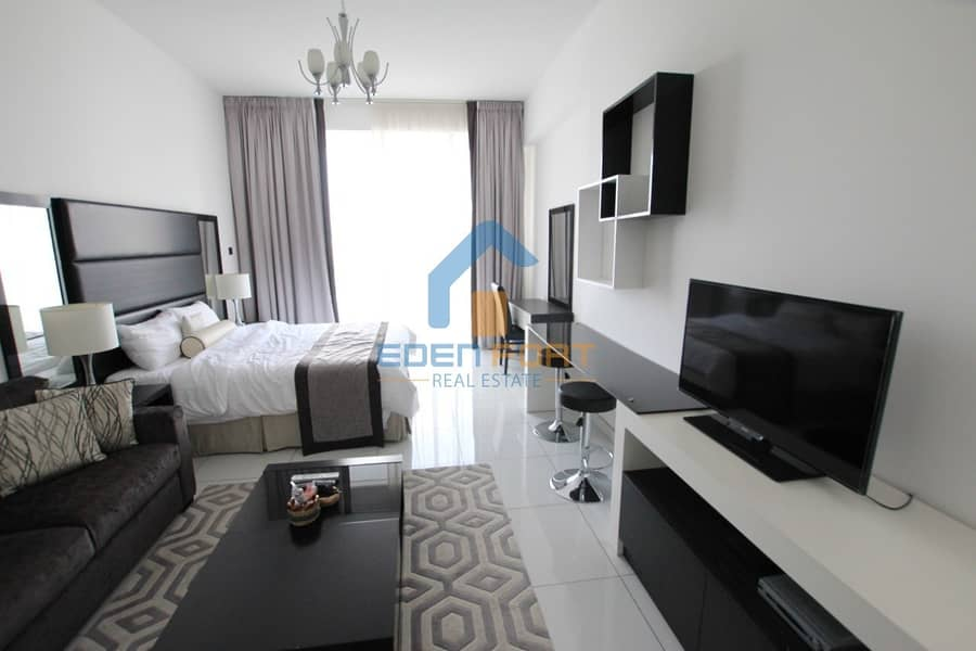 2 Multiple Cheques | Golf View Stdio | Fully Furnished