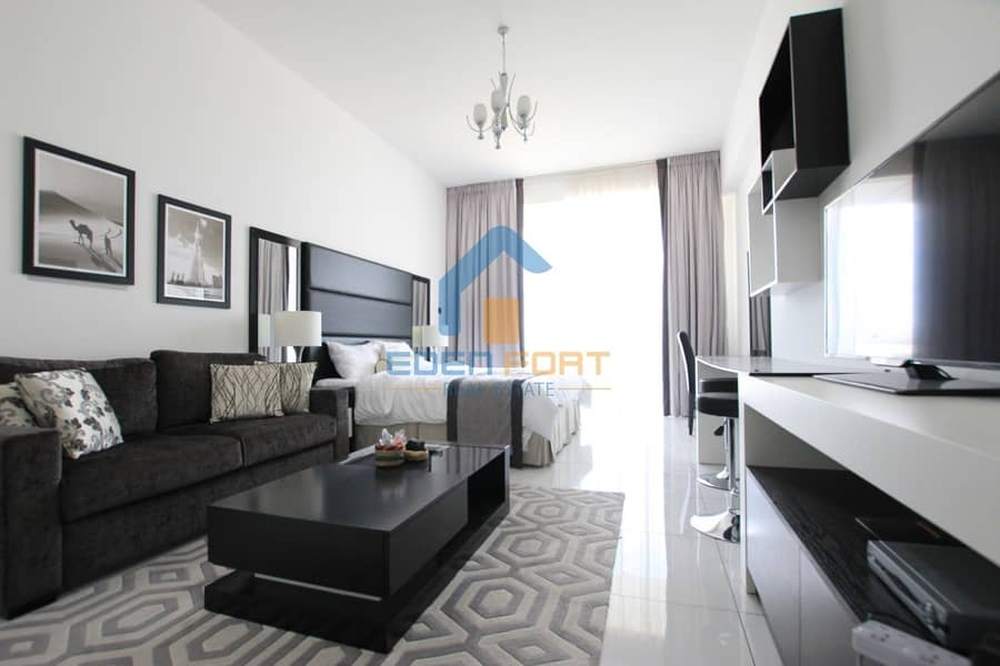 Multiple Cheques | Golf View Stdio | Fully Furnished