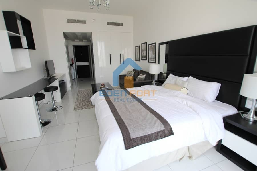9 Multiple Cheques | Golf View Stdio | Fully Furnished