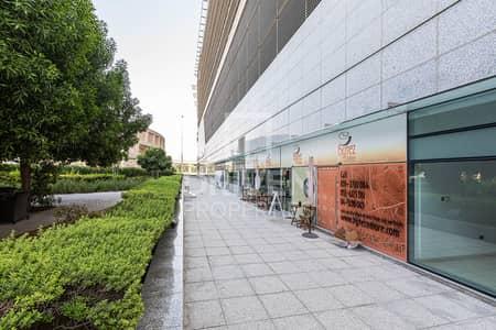 Shop for Rent in Dubai Media City, Dubai - Retail Space in Prime Location