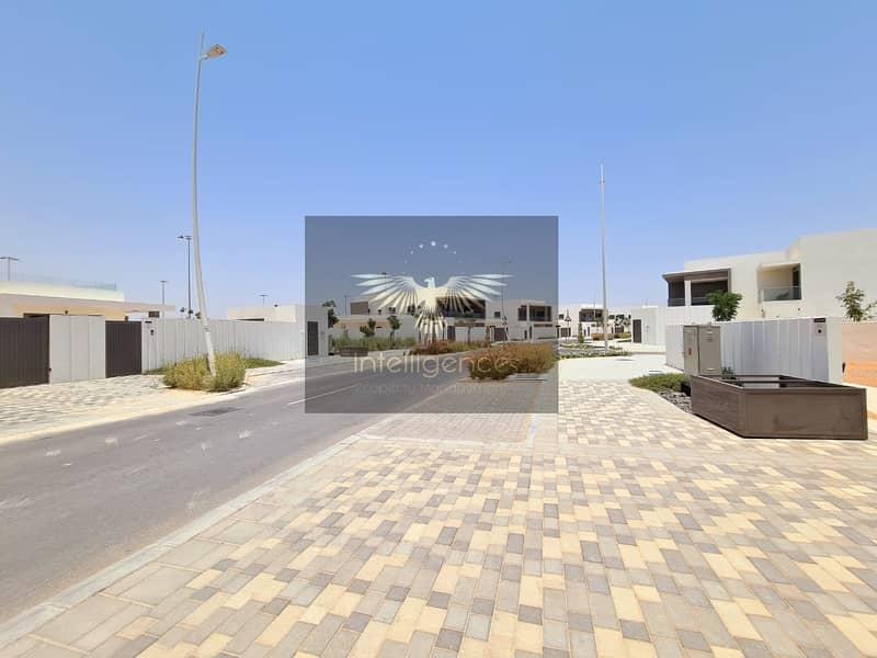 20 Beautifully Gorgeous Villa w/ Amazing Facilities!