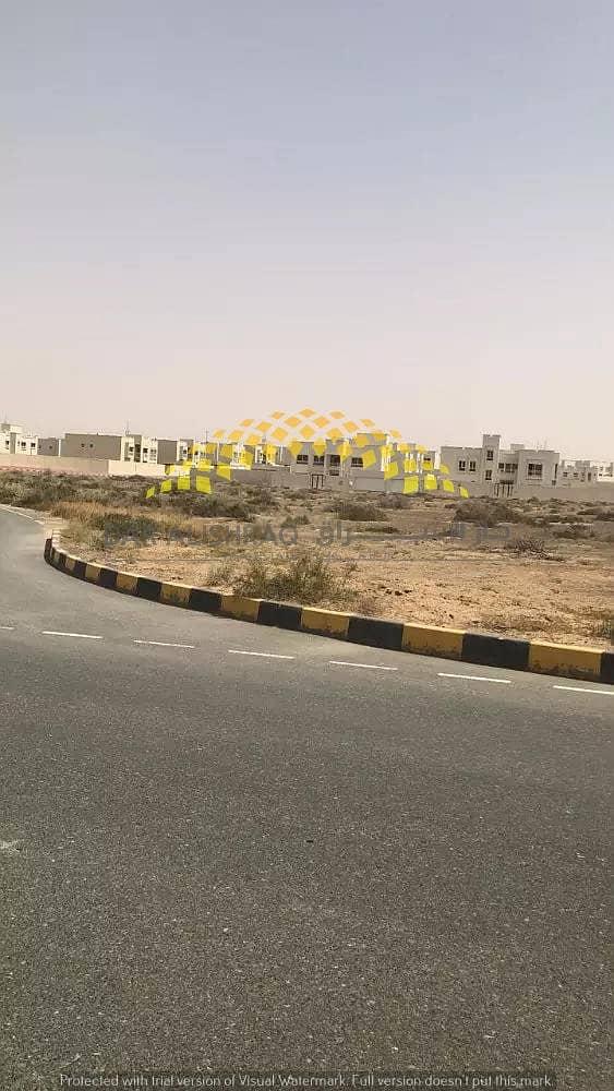 للبيع أراضي سكنية  , بمساحات مختلفة في منطقة البراشي - الشارقة