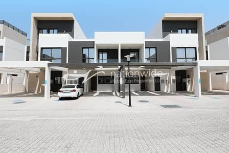 5 Bedroom Townhouse for Rent in Al Salam Street, Abu Dhabi - A Family-friendly Townhouse w/ Spacious Layout
