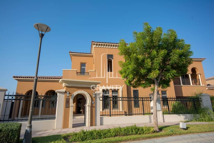 Own this Extraordinary Villa W/ Huge Plot