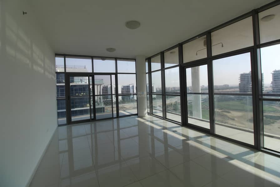 FULL VIEWS TO GOLF | TERRACE | AMAZING DEAL !