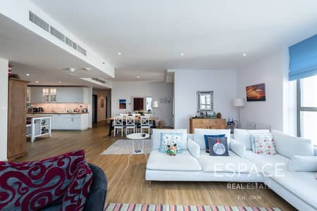 Marina and Sea View - Contemporary Upgraded - 4 Bed