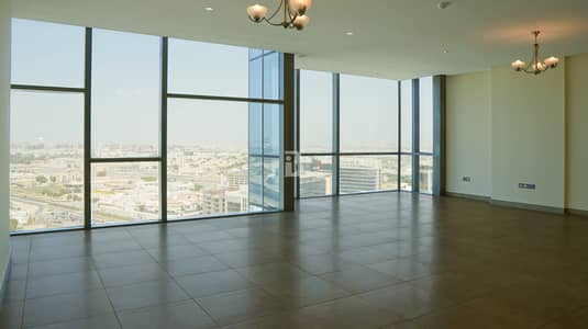 3 Bedroom Apartment for Rent in Umm Ramool, Dubai - Luxurious & Very Spacious 3 Bedroom Apartment
