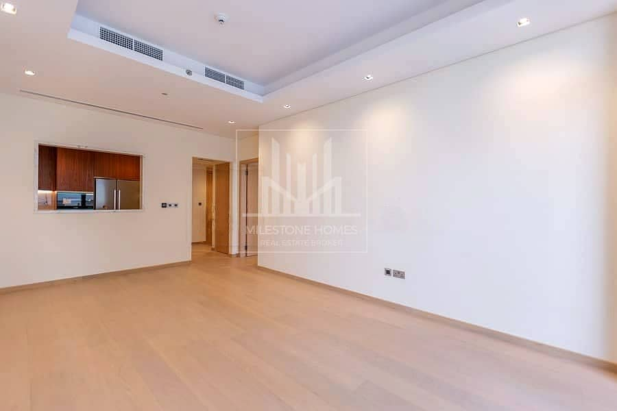 2 Brand New | Spacious 1075sqft | Fitted Kitchen
