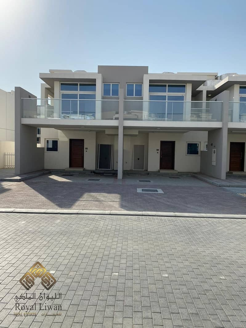 3 B/R  Brand New Town House  in Akoya Oxygen