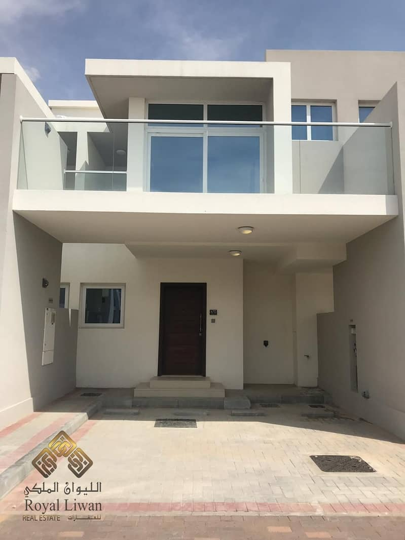 2 3 B/R  Brand New Town House  in Akoya Oxygen