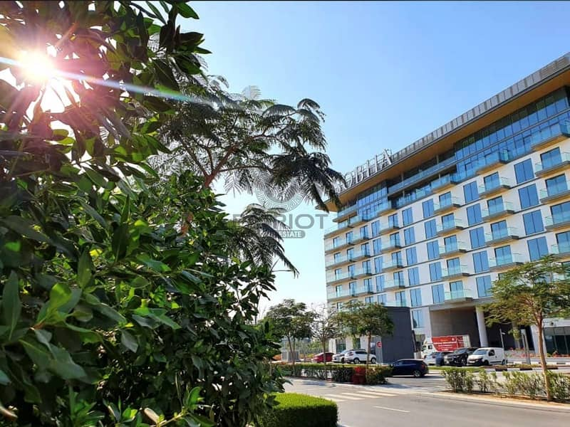 Luxurious  2 Bedroom apartment with spectacular view & family friendly activities.