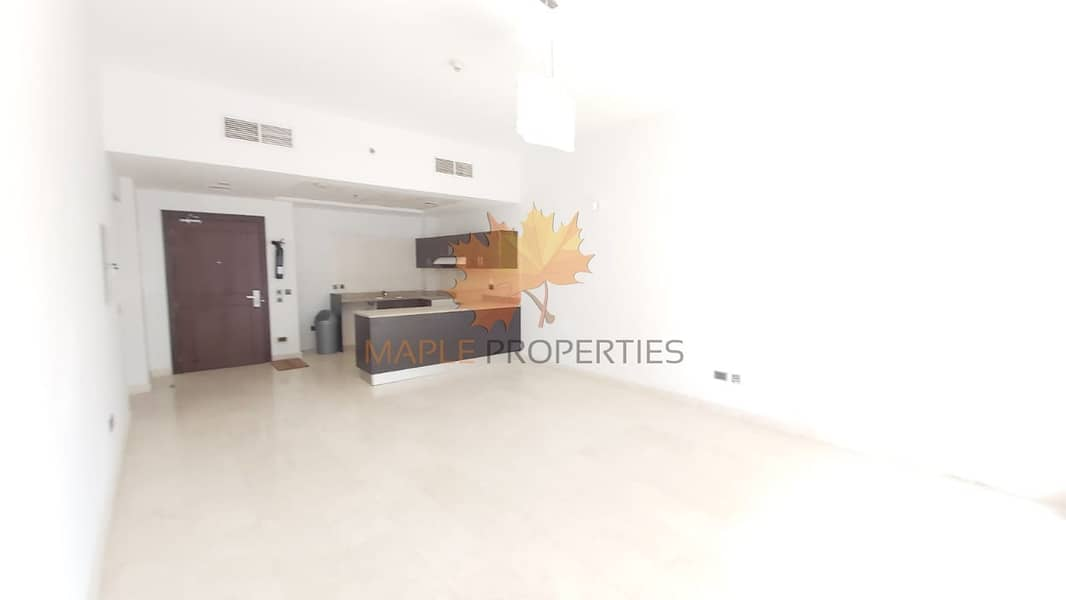 2 Beautiful 1BR Apartment near MALL OF EMIRATES/ Hot Deal