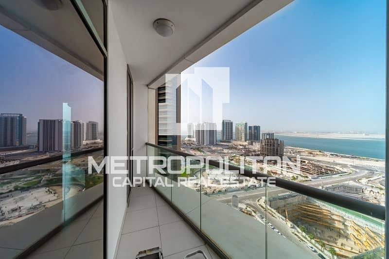 Ready To Move In / Stunning 1BR aprt. with Balcony