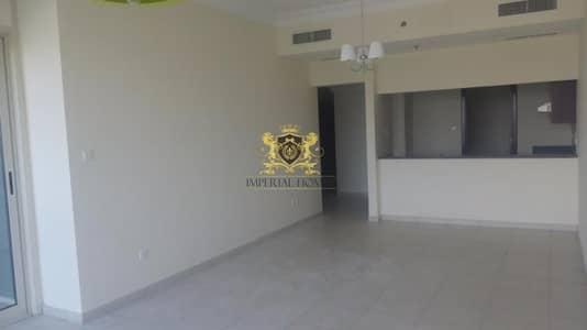 1 Bedroom Apartment for Rent in Jumeirah Lake Towers (JLT), Dubai - Huge 1 Bed + Store in Lakeshore Tower
