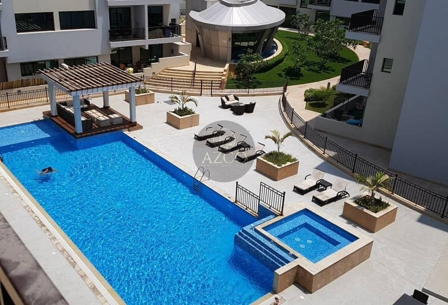 10 PRIME LOCATION   GOOD INVESTMENT   POOL VIEW
