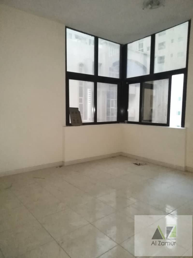 13 2 MONTH FREE HUGE 3 B H K WITH BALCONY LAUNDRY ROOM DINING SPACE RENT ONLY 36 K