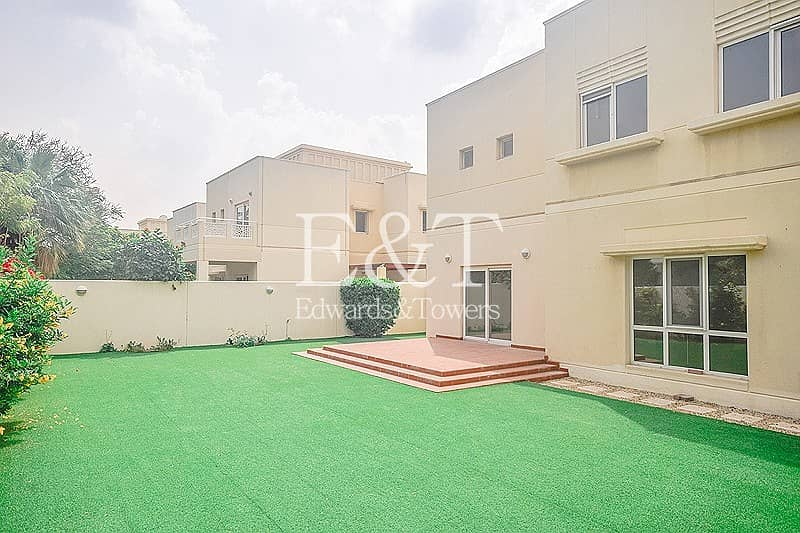 2 Landscaped Garden |Single Row|Maintenance Included