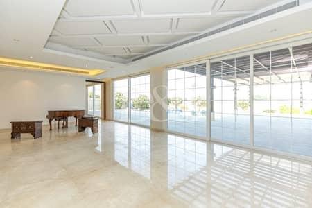 Modern Custom Built | 7 bedroom Upgraded Villa