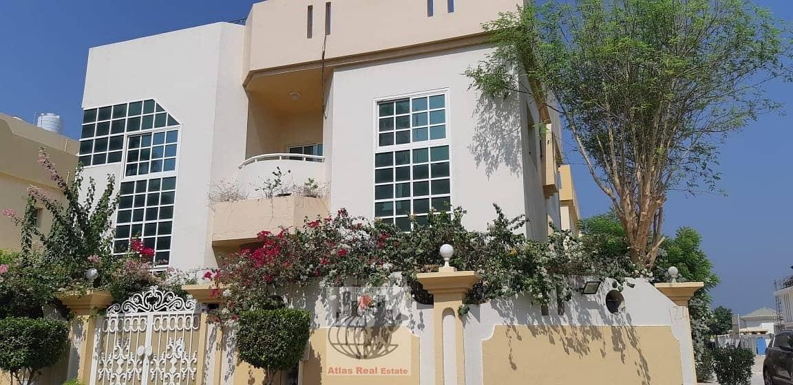 "For Sale Villa G+1 - 4BR ""Corner"" – Al Rifa'ah Area Near Sharjah Corniche."