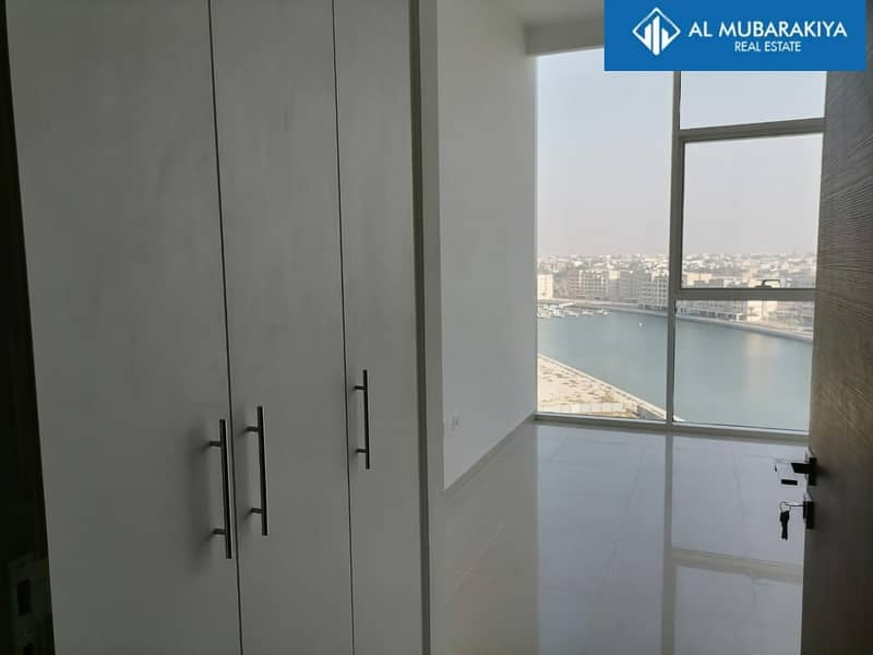 1 GATEWAY 2BHK LAGOON/PARTICALLY SEA VIEW