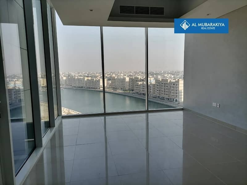 10 GATEWAY 2BHK LAGOON/PARTICALLY SEA VIEW