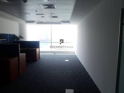 مکتب  للايجار في الخليج التجاري، دبي - Corner Unit |Fitted Office| Good deal| Canal view