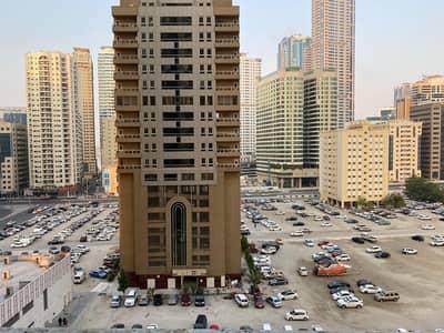 2 Bedroom Flat for Rent in Al Khan, Sharjah - 2 Bedroom hall for Rent in Riviera Tower in Al Khan Sharjah