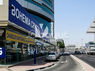 Showroom for Rent in Al Garhoud, Dubai - Showroom | Traffic area | Main Street