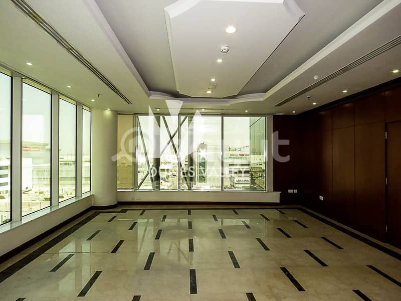 Office for rent | Prime location | International airport