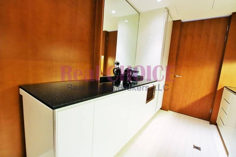 19 No Comm  Serviced  All Bills Included  City View
