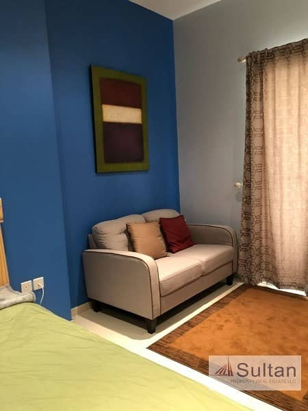 Nicely Furnished Studio With Lagoon View.