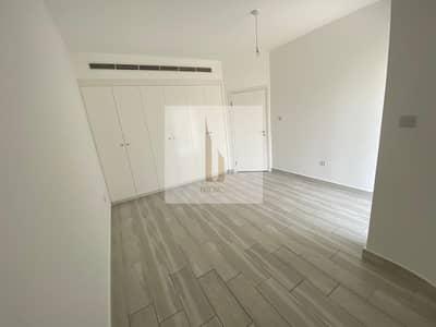 3 Bedroom Villa for Rent in Jumeirah, Dubai - NEW FRESH   3BR+Garden+Maid   Semi-Detached