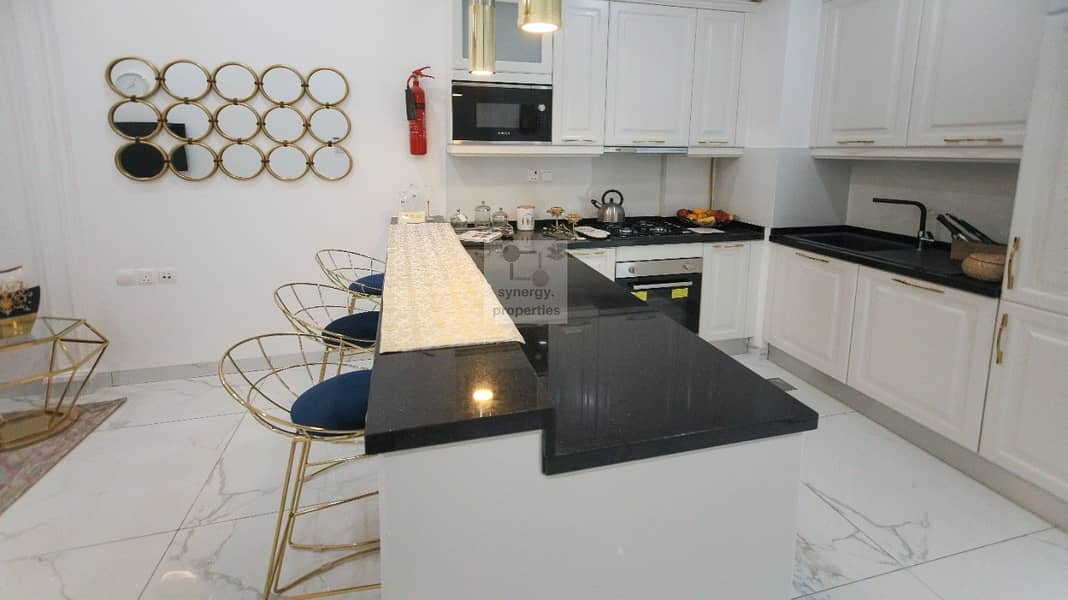 2 Brand New | Bright and Beautiful | 1 BR Chiller Free