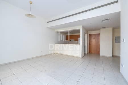 فلیٹ 3 غرف نوم للبيع في ذا فيوز، دبي - Vacant Apartment with a Private Courtyard