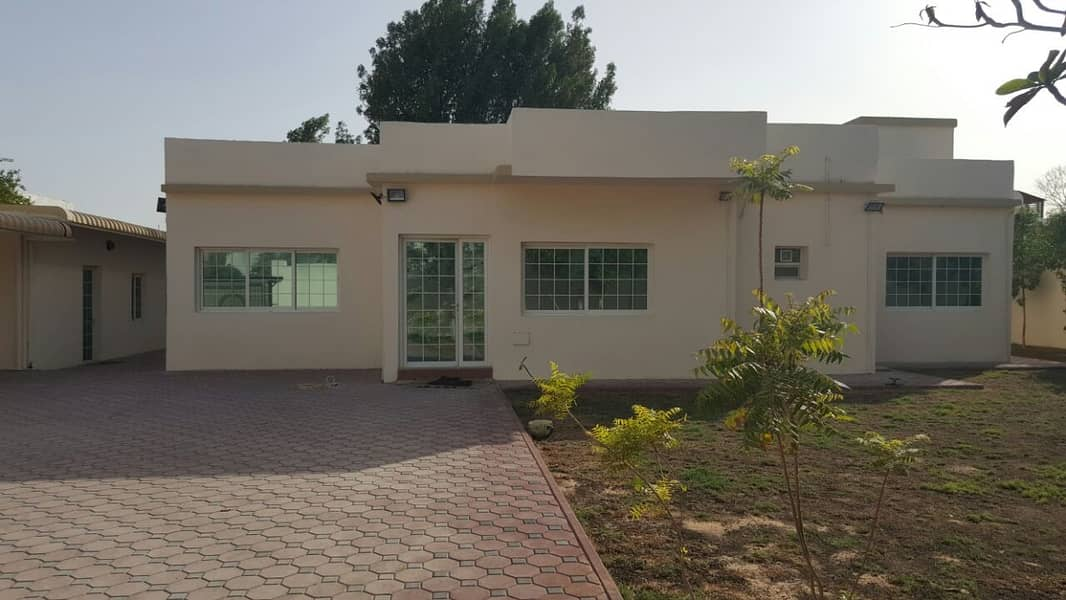 *** AMAZING OFFER – Elegant 4BHK Single Storey Villa with huge Garden available in Al Mansoura area, Sharjah
