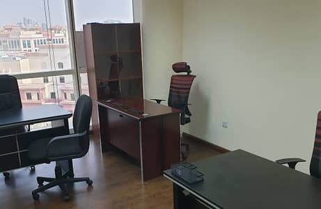 Office for Rent in Deira, Dubai - SHARING OFFICE JUST IN 4,000/-AED DED APPROVED