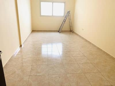 2 Bedroom Flat for Rent in Al Taawun, Sharjah - Near to Rta bus stop|Parking free|Hot offer Spacious 2bhk with wardrobes only 30k
