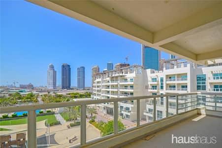 فلیٹ 3 غرف نوم للايجار في تلال الجميرا، دبي - Vacant | Large Balcony | 3 BR + Maids Duplex