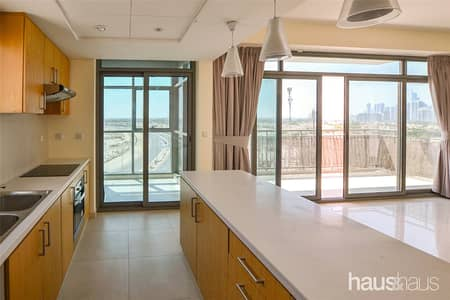 2 Bedroom Apartment for Rent in The Views, Dubai - Golf View| large Open Plan | Immaculate Finish