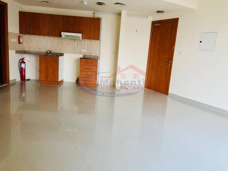 Specious 1 Bedroom for rent in Lakeside IMPZ