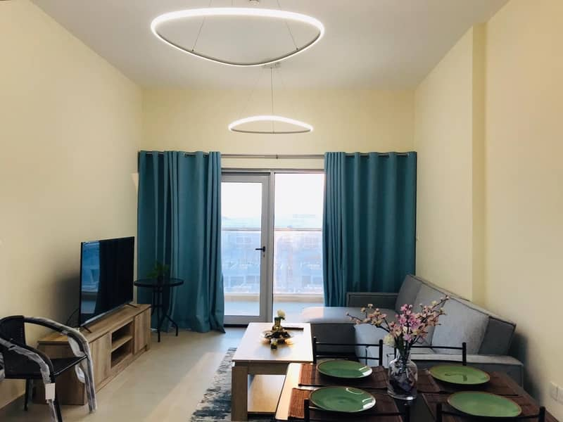 Brand new Fully Furnished 1 BR including all Fee's.