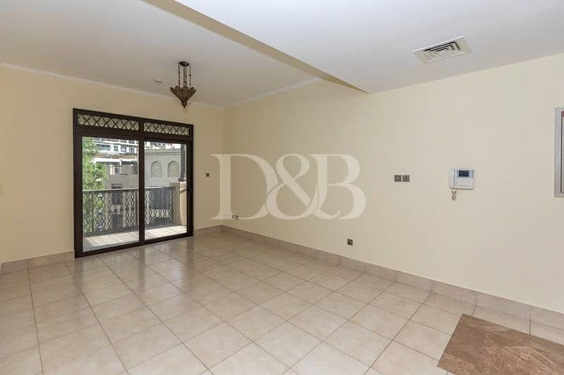 2 1 BEDROOM | VACANT+SPACIOUS | UNFURNISHED