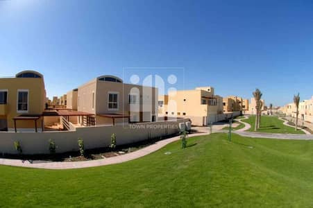 3 Bedroom Villa for Sale in Al Raha Gardens, Abu Dhabi - Wonderful Corner Villa  Single Row 3 beds