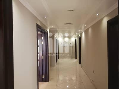 فیلا 7 غرف نوم للايجار في الكرامة، أبوظبي - 7Master Beds Villa with Pvt Entrance!!!.