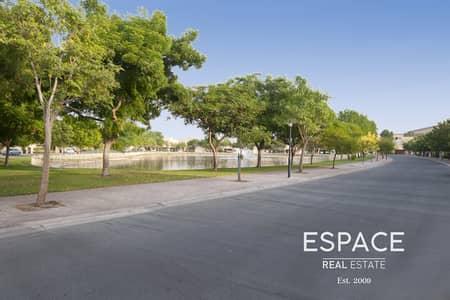 5 Bedroom Villa for Sale in The Meadows, Dubai - Immaculate 5 Bed Villa in Prime Location