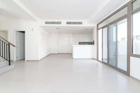 فیلا 3 غرف نوم للايجار في تاون سكوير، دبي -  Single Row