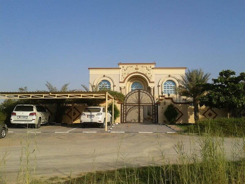 Villa for sale in Wasit / Sharjah
