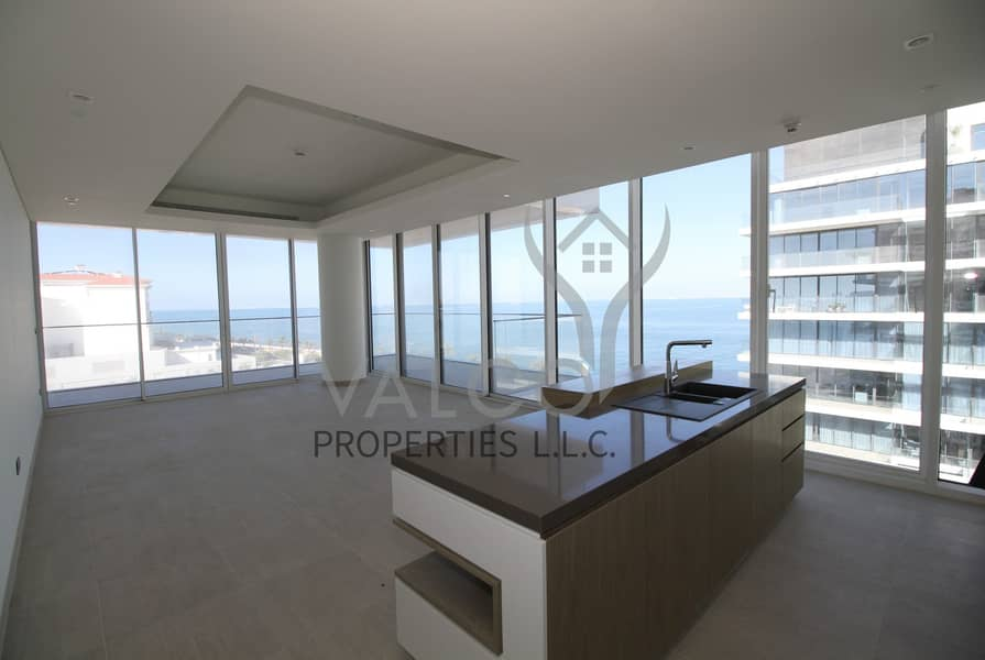 2 Exclusive Luxurious 2 BR Beachfront Apt | Sea View