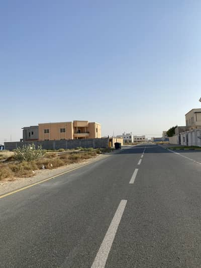 Plot for Sale in Hoshi, Sharjah - For sale a big residential plot with excellent location in alhoshi, very close to mosque and park and to main road , all services available