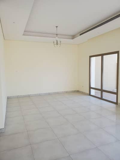 فیلا 5 غرف نوم للايجار في الشارقة غاردن سيتي، الشارقة - فیلا في الشارقة غاردن سيتي 5 غرف 100000 درهم - 4807173